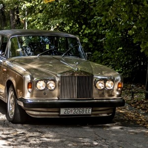 Antropoti-lux-limo service-rollce royce-690