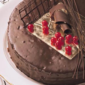 weddings-in-croatia-wedding-planner-edible-gold-for-cakes-jestivo-zlato